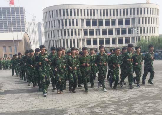 邯郸北方学生军训成果汇报表演